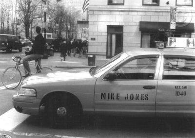 New York Cab (Black and White)